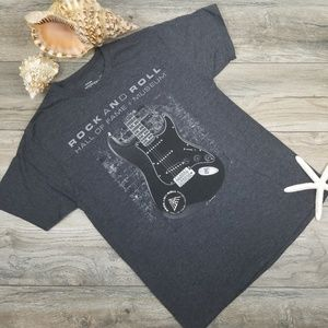 Rock & Roll Hall of Fame guitar graphic tee M
